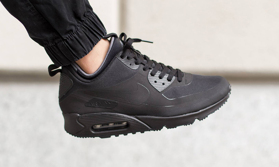 Nike Air Max 90 Mid Winter Nike Shoes For Men Womens Online Buy Latest Nike Shoes At 50 Off
